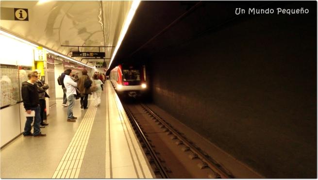 El metro llegando - Barcelona