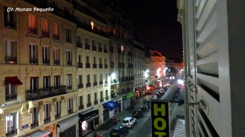 Mi ventana tenía esta vista de noche