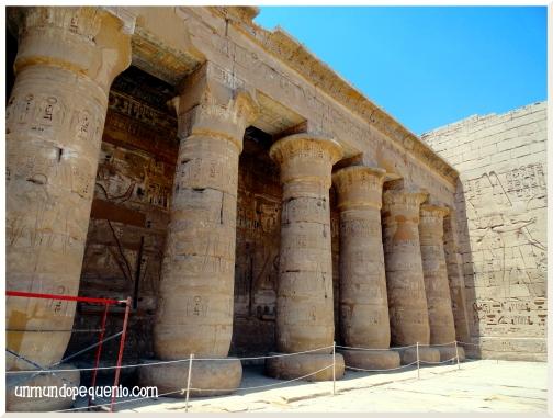 Templo de Ramsés III por dentro